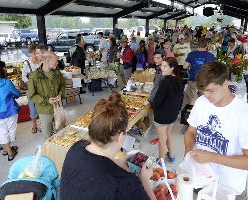 TR farmers market celebrates