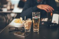 Beer-&-nuts-at-bar
