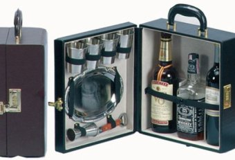 Travel Bar case
