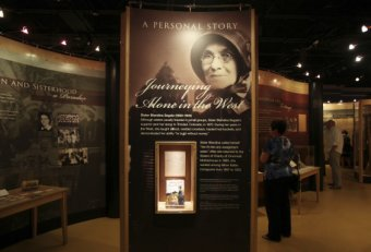 Traveling Exhibits for History Museum